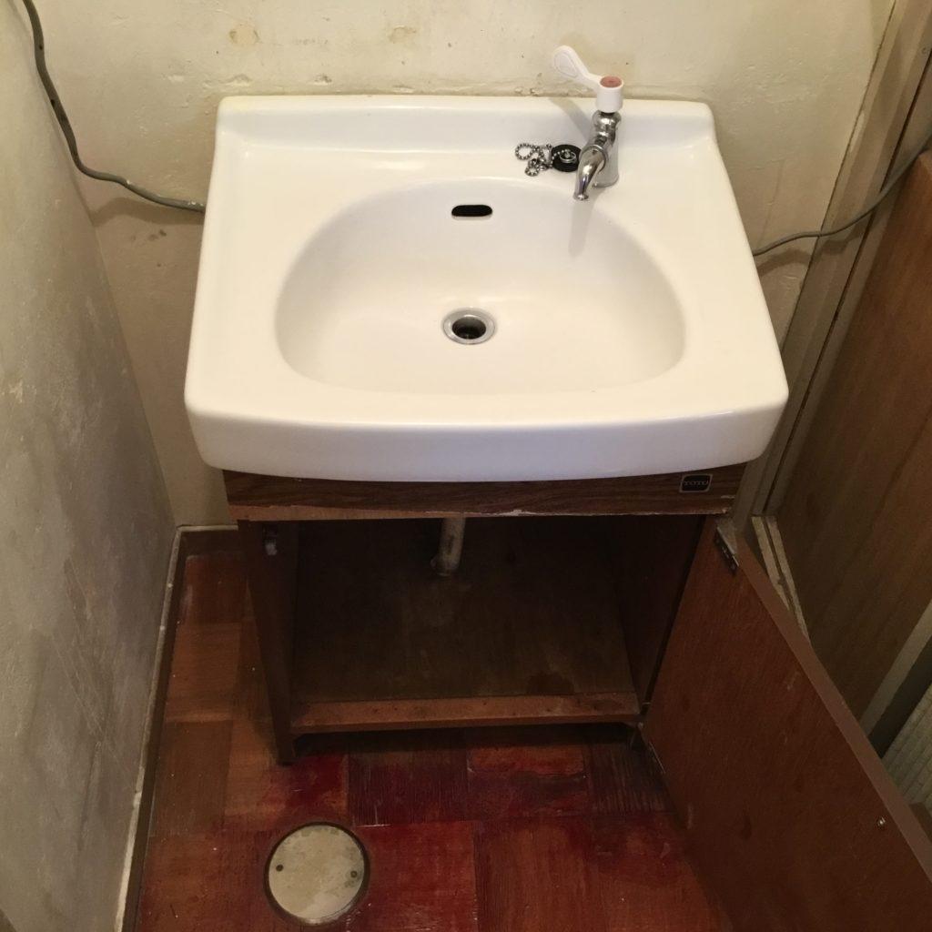 洗面台入れ替え工事👷